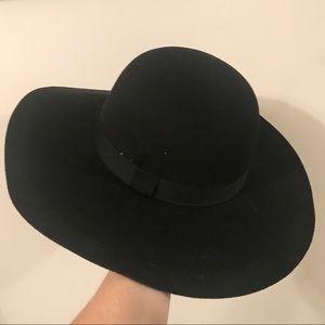 August Hat 👒